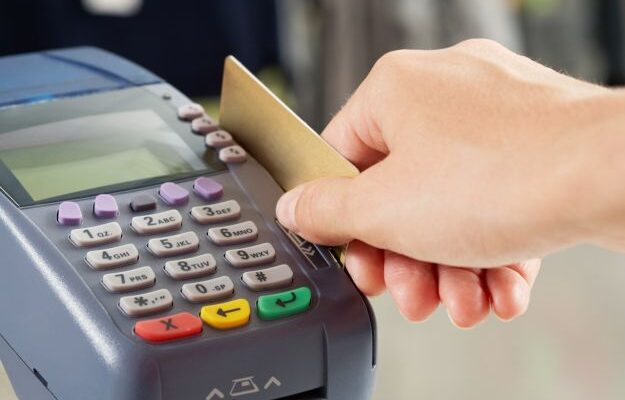 pasar_tarjeta_de_credito